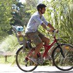 Vélo avec siège bébé